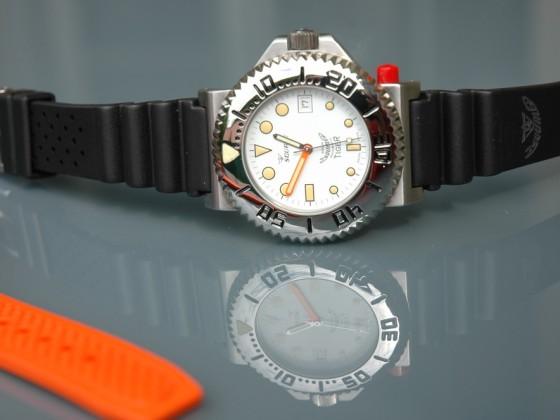 Squale hodinky