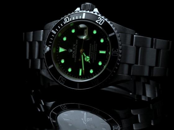 Rolex Submariner 16610 lume